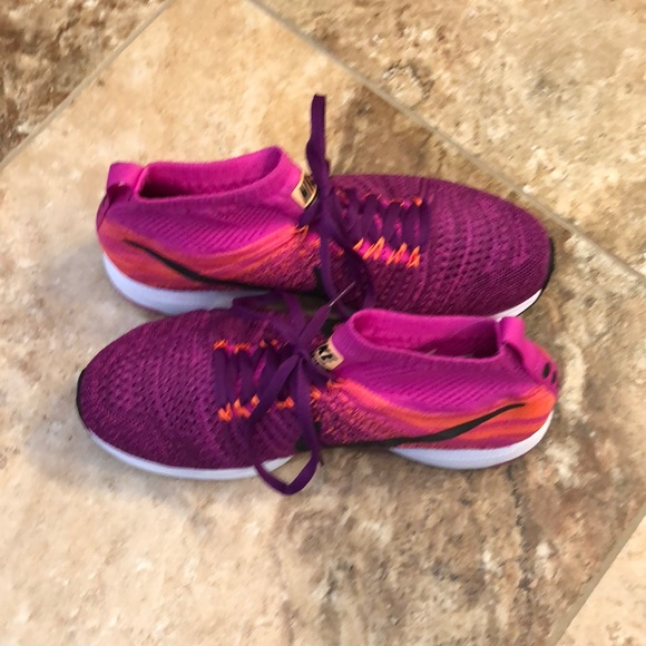 6a7815301a495 Nike Youth Zoom Pegasus All Out Flyknit Grape 7Y